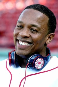 Andre Romelle Young (Dr Dre)