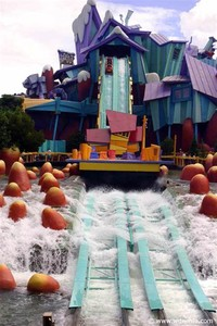 Dudley Do-​Right's Ripsaw Falls​