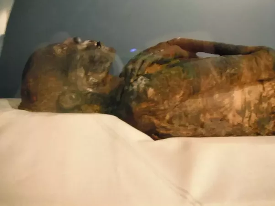 Why are Westerners more familiar with Egyptian mummies?